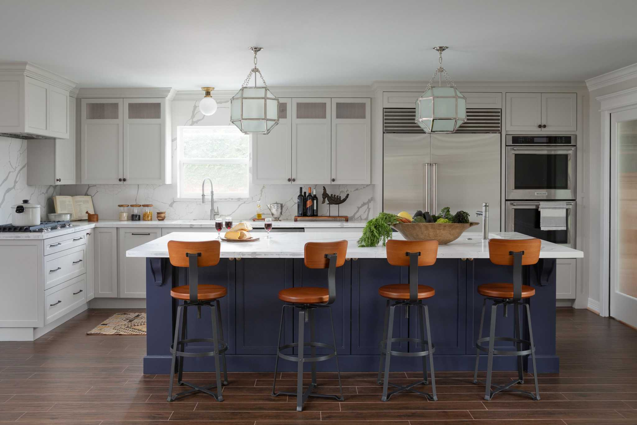 Before And After Hgtv Inspires This Elegant West Houston Kitchen Renovation