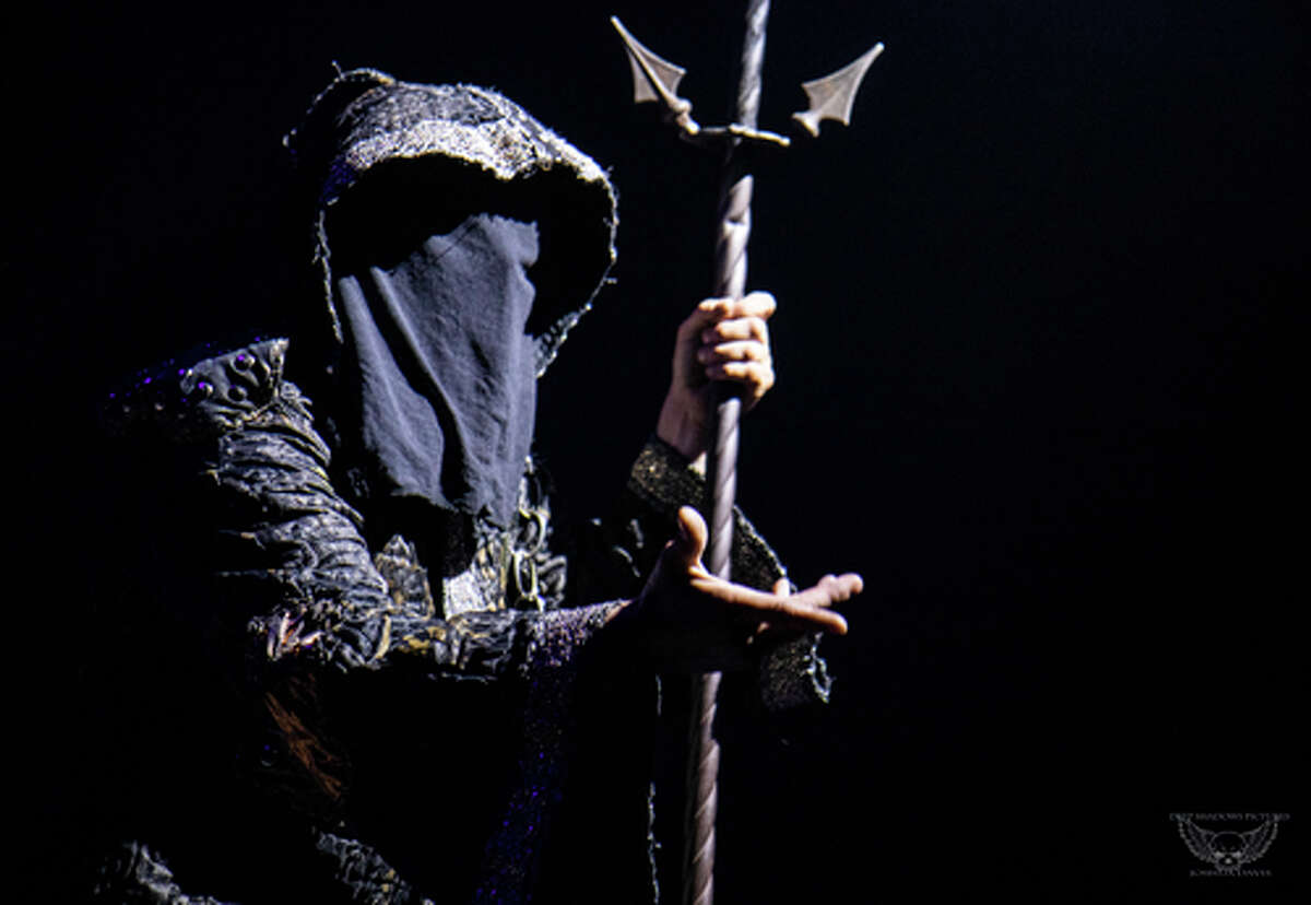 The narrator, Original Sin, performs in Paranormal Cirque, which comes to Ford Park on Nov. 12, 2020.