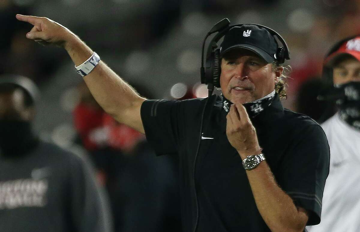 Dana Holgorsen hopes to have UH pointed toward better days but the Cougars are taking their lumps this year, as seen in Saturday's loss at Cincinnati.