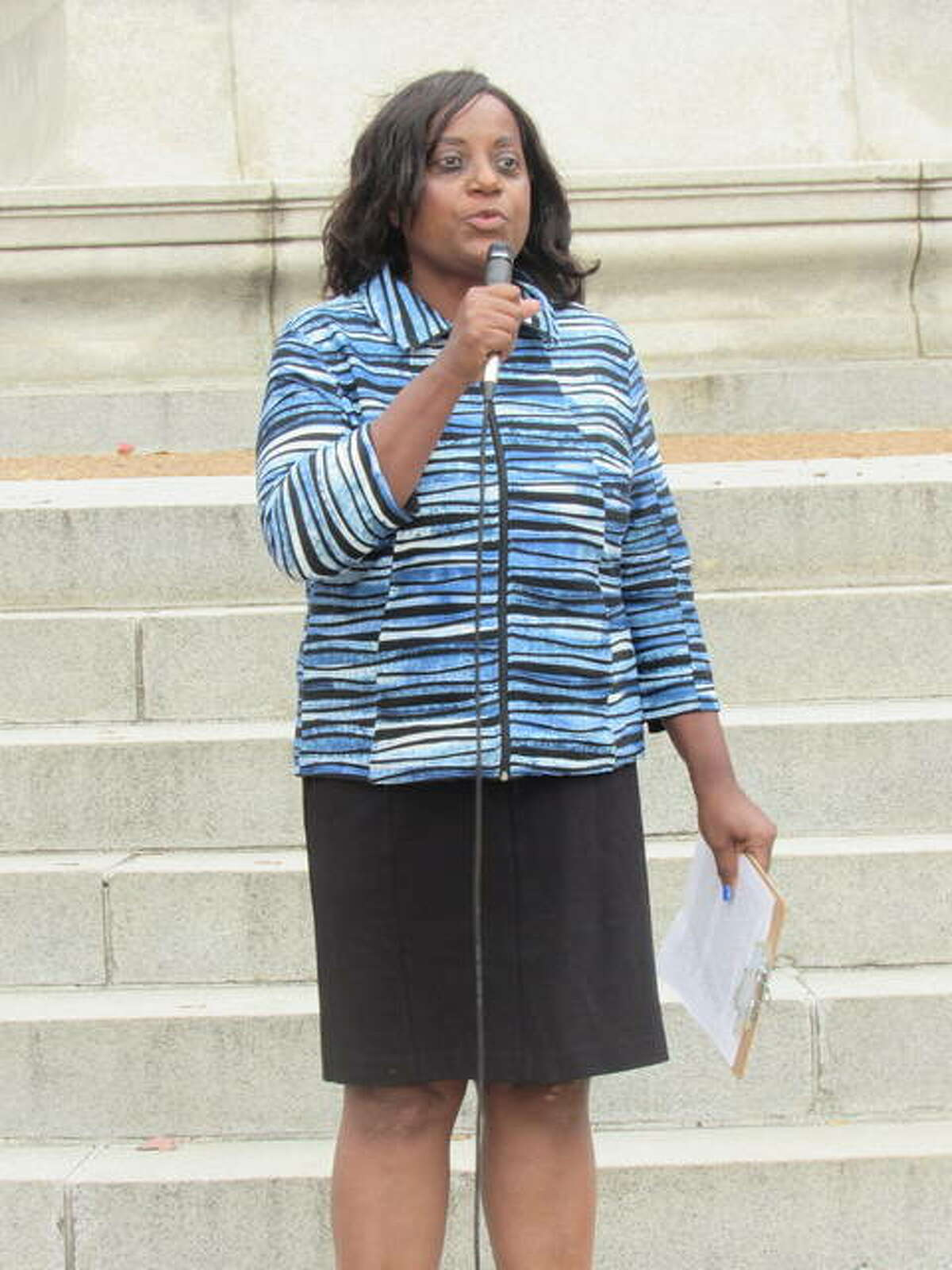 Alton School Board Member Rosetta Brown addresses the Lovejoy Memorial ceremony Monday in Alton.