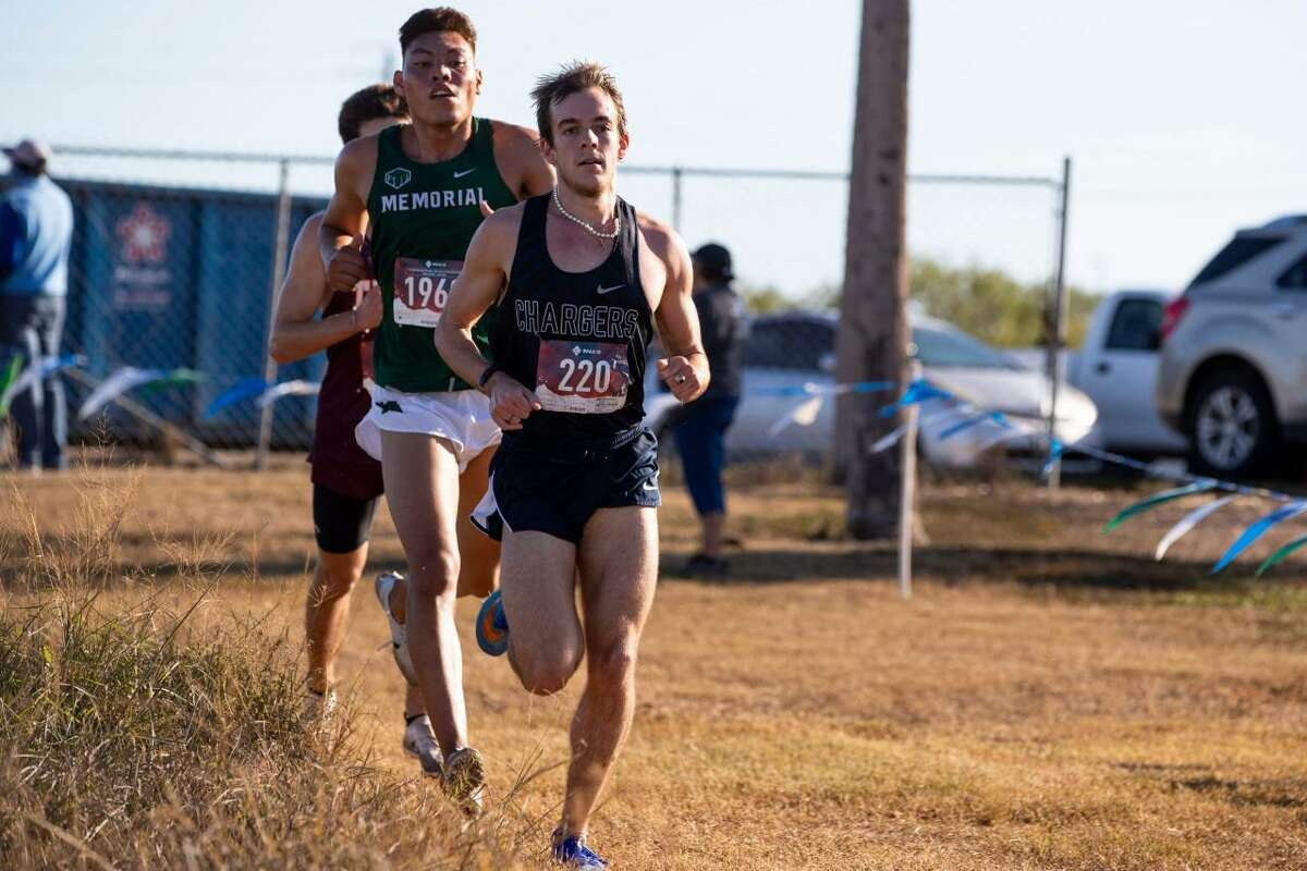 Boerne Champion's Foster Wilfong leads the Region IV-5A race pack Monday at A&M-Corpus Christi.