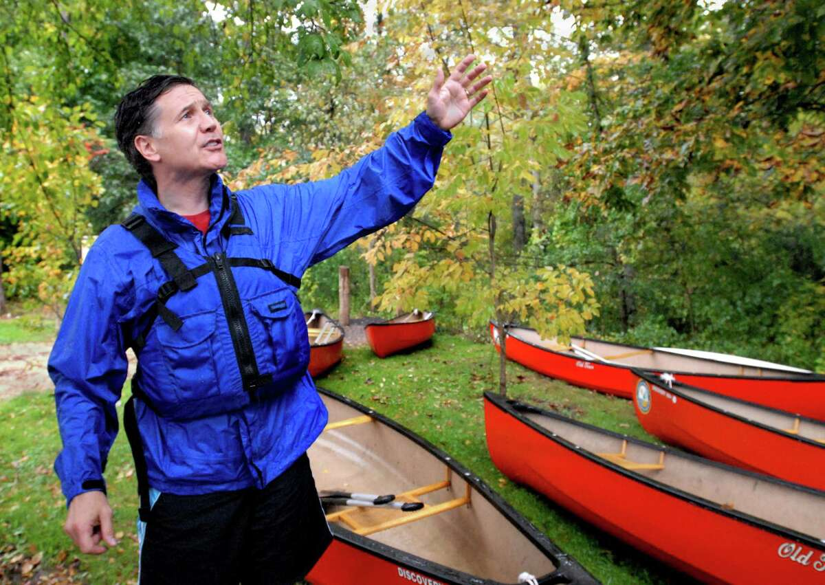 CROMWELL-DEP Commissioner Dan Esty leads an afternoon of exploring the resources of the Connecticut and Mattabesset Rivers. Commissioner Esty declares it