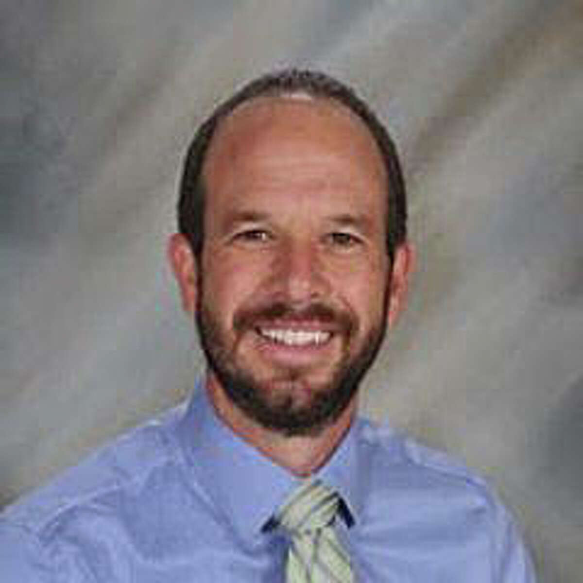 Edwardsville District 7 Superintendent Dr. Jason Henderson will step down from his position at the end of the school year. He announced his resignation at Monday's board meeting.