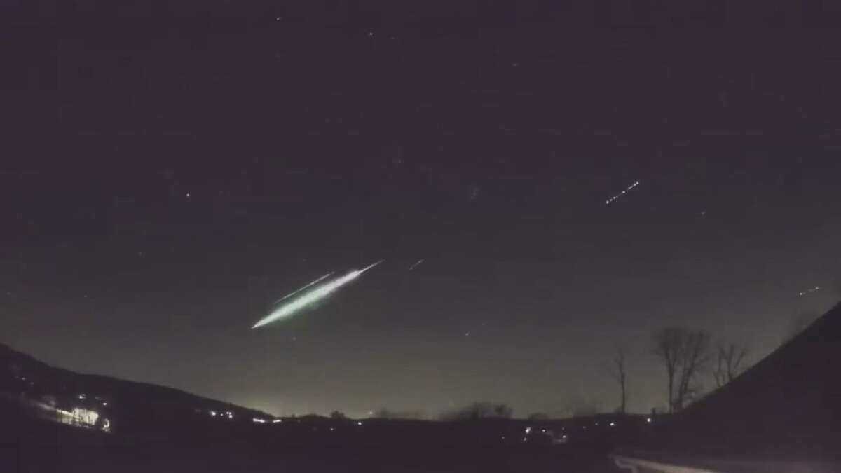 Meteor fireball spotted in Connecticut night sky on Nov. 8, 2020.