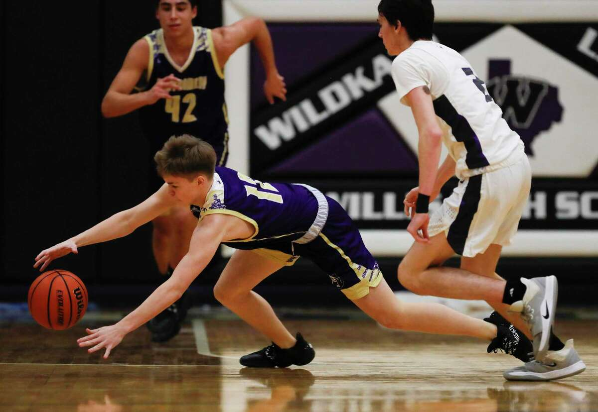 Montgomery guard Blake Haneline (12) will line up at small forward for the Bears this season.