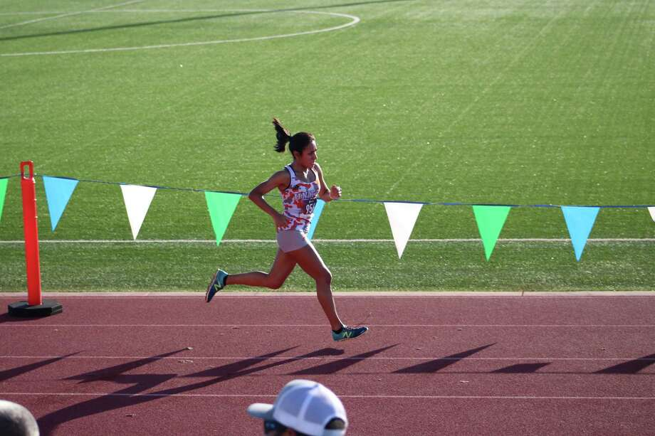 United's Valerie Garcia was Laredo's lone qualifier for the state meet as she earned a second straight trip by finishing ninth in the individual standings at the regional meet. Photo: Courtesy Photo
