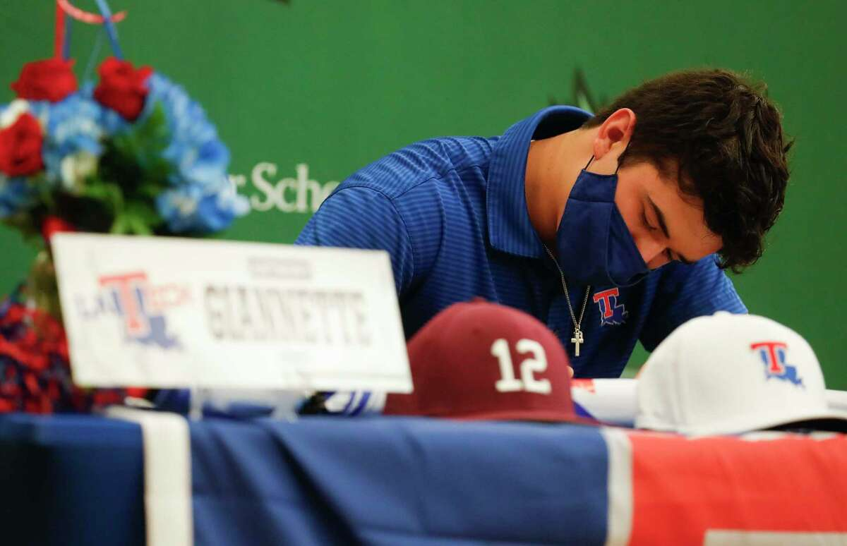 Mj91LyTiBbplkEc9XQfpyg==Anthony Giannette signed to play baseball for Louisiana Tech during a national signing day ceremony at The John Cooper School, Wednesday, Nov. 11, 2020, in The Woodlands.