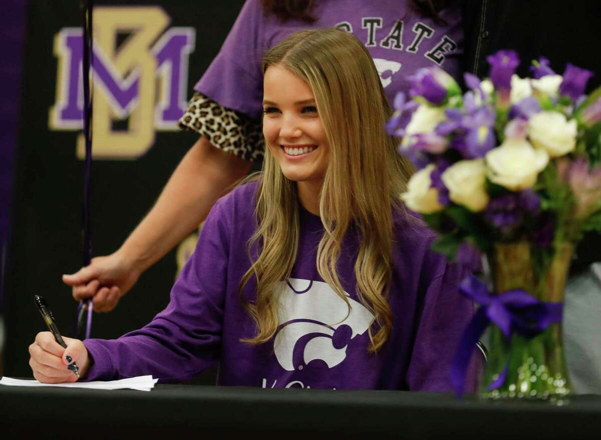 Remington Isaac signed to play golf for Kansas State during a national signing day ceremony at Montgomery High School, Wednesday, Nov. 11, 2020, in Montgomery.