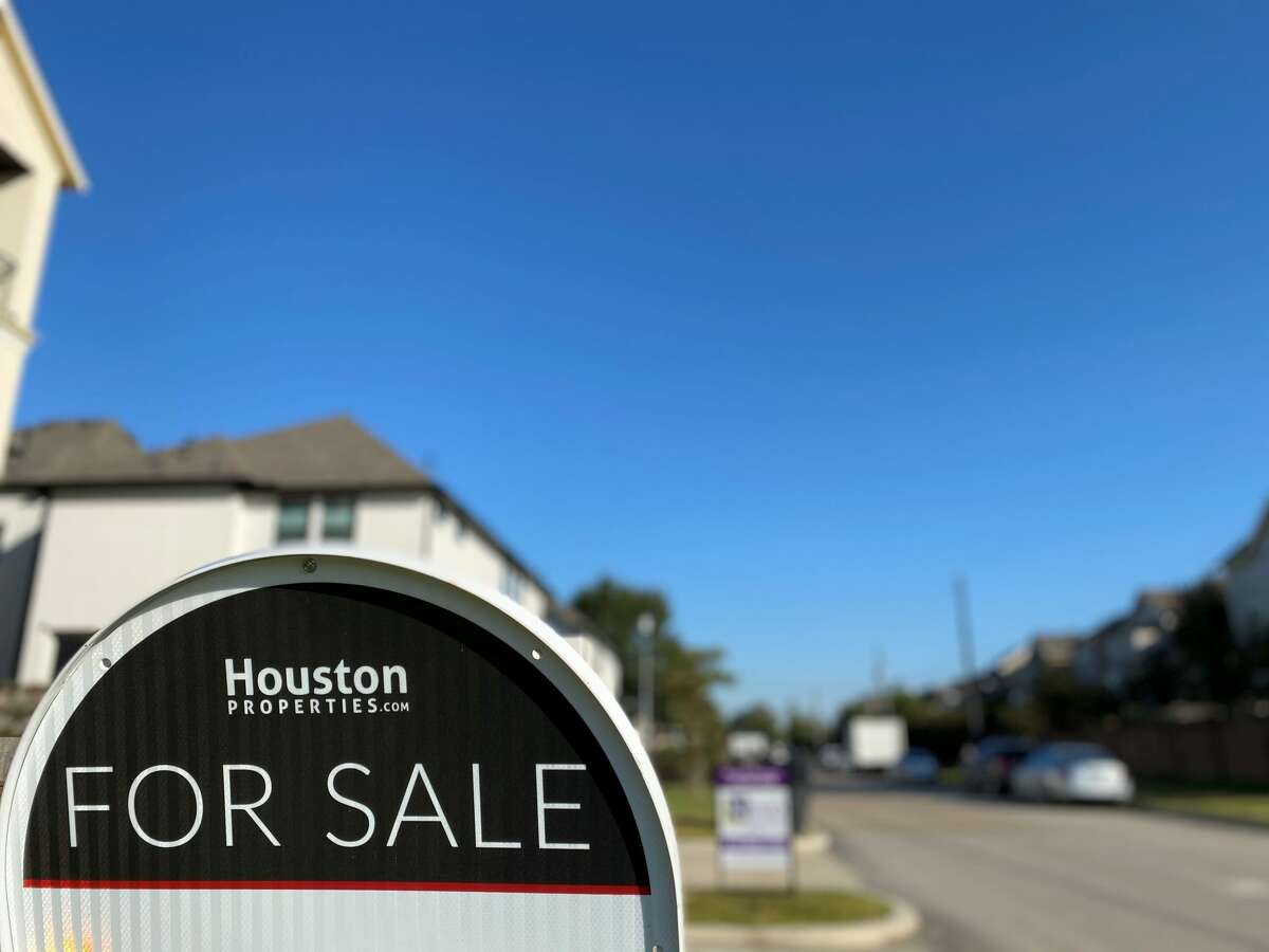 Houston-area buyers closed on 9,287 single-family homes in October, a 29 percent increase over the same month last year and the fifth-straight month of year-over-year increases.