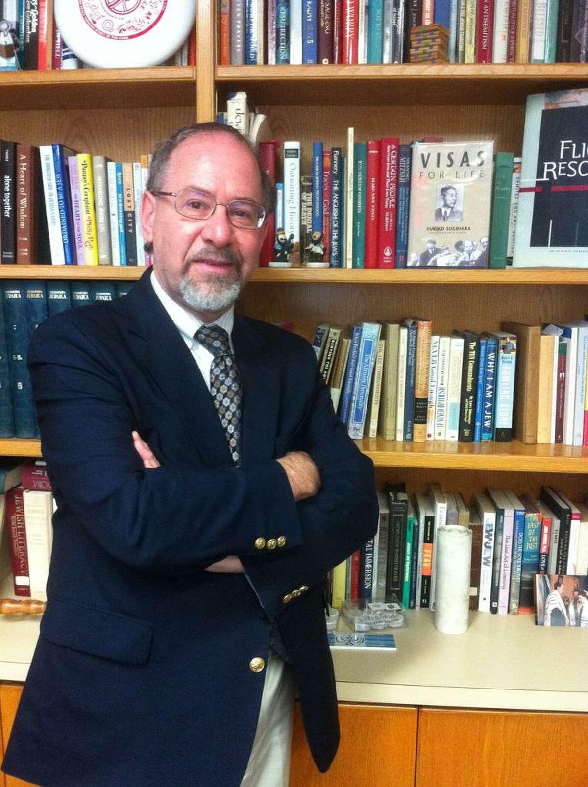 Rabbi Alvin Wainhaus of Congregation Or Shalom in Orange