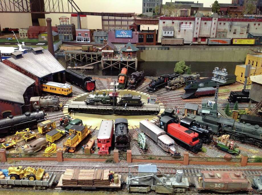 TRAIN TIME: The Holiday Train Show at the Connecticut River Museum, 67 Main St. in Essex, is coming up during Thanksgiving week, running Nov. 24-Feb. 14, Tuesday-Sunday, 10 a.m. to 5 p.m. Photo: Contributed Photo /