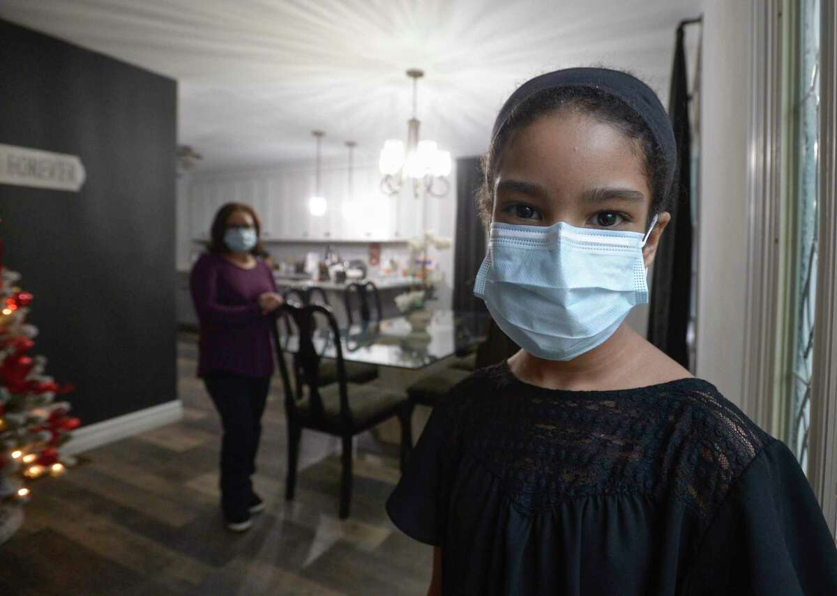 Nahlia Castillo, of Danbury, is in need of a kidney. She was diagnosed more than eight years ago with nephrotic syndrome and has been on dialysis for more than two years. With her mother Marielys Castillo. Wednesday, November 11, 2020, in Danbury, Conn.