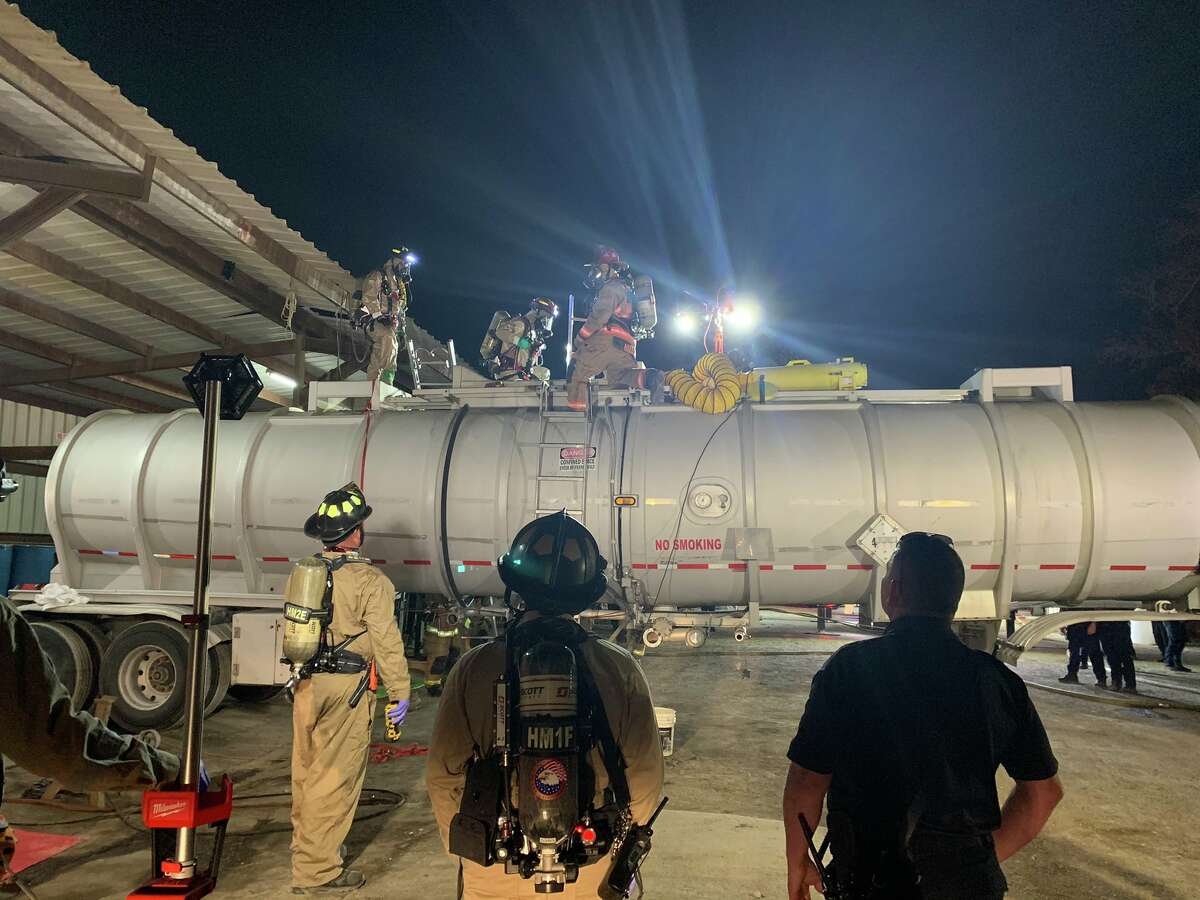 A man died Thursday while cleaning the inside of a tanker in the 16100 block of Interstate 45 in Channelview, authorities said.