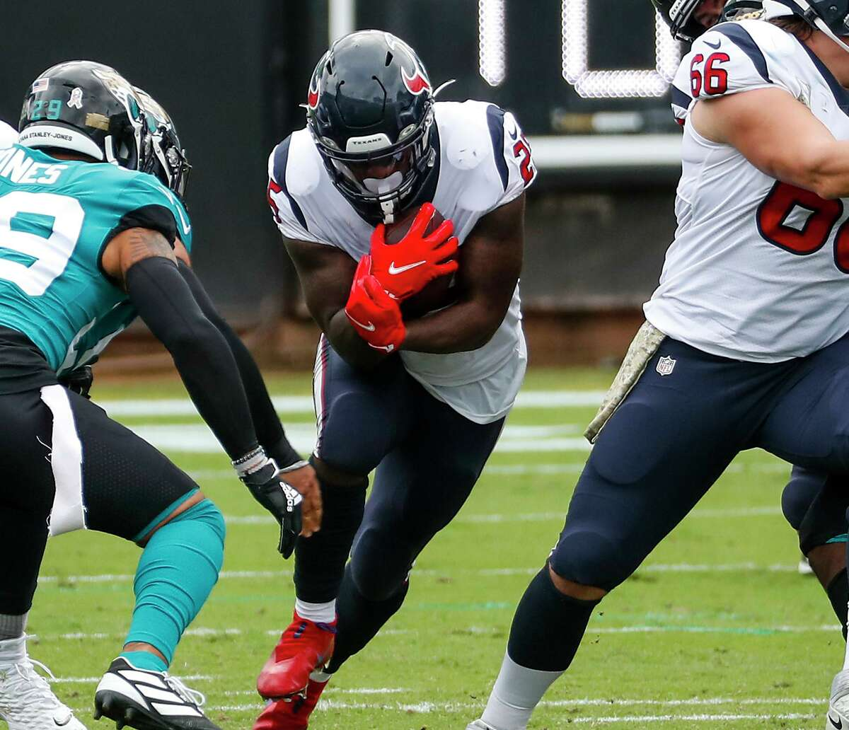 Texans running back Duke Johnson had a career-high 20 touches in last week's win over the Jaguars, garnering 16 rushing attempts (including a 1-yard touchdown dive) and four receptions.