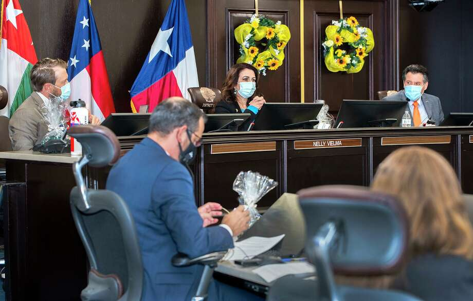 Laredo City Council members George Altgelt, Nelly Vielma and Mayor Pete Saenz are pictured with City Manager Robert Eads in the foreground during a council meetings on Sept. 8 at City Hall. Photo: Danny Zaragoza /Laredo Morning Times File