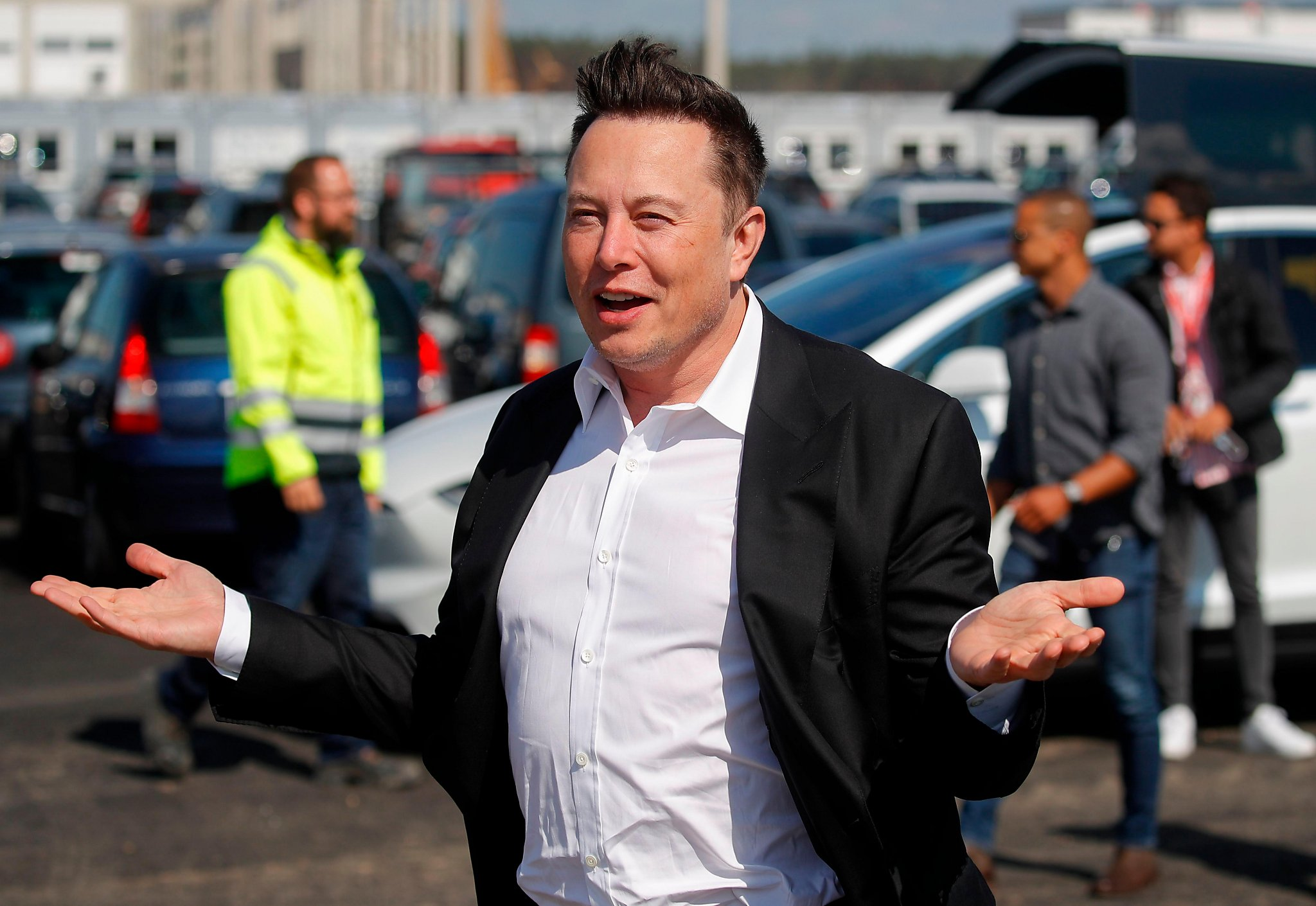 Elon Musk Gets Conflicting Coronavirus Tests After Downplaying Pandemic Sfchronicle Com