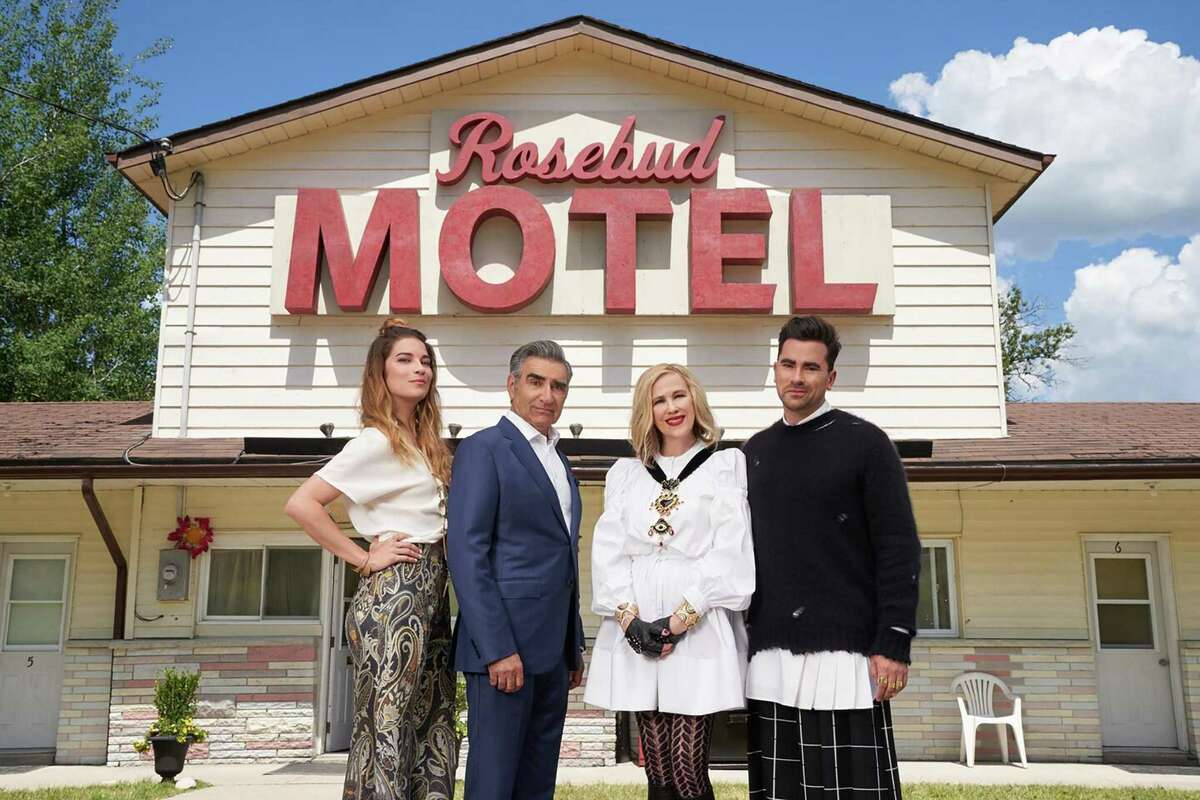 """From left, Annie Murphy as Alexis, Eugene Levy as Johnny, Catherine O'Hara as Moira and Dan Levy as David on """"Schitt's Creek."""" MUST CREDIT: Pop TV"""