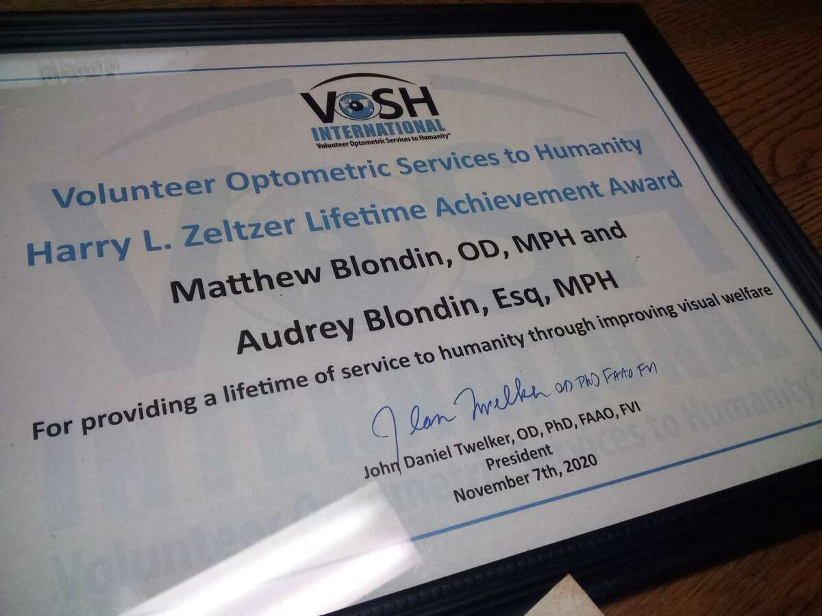 Dr. Matthew Blondin and his wife, attorney Audrey Blondin, recently received a lifetime achievement award for their work with VOSH-CT. For 20 years, the couple and a band of volunteers have traveled to Nicaragua, spending a week providing much-needed optometry services to thousands of residents in the town of San Juan del Sur.