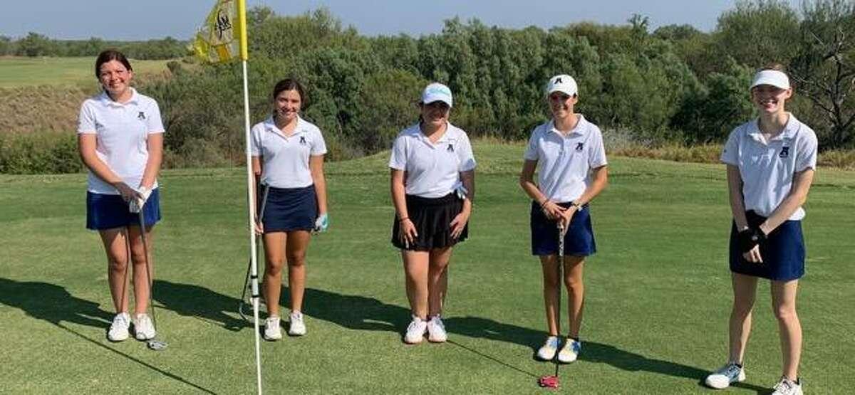 The Alexander Lady Bulldogs won the UISD Fall 2020 Girls' Golf Tournament on Saturday.
