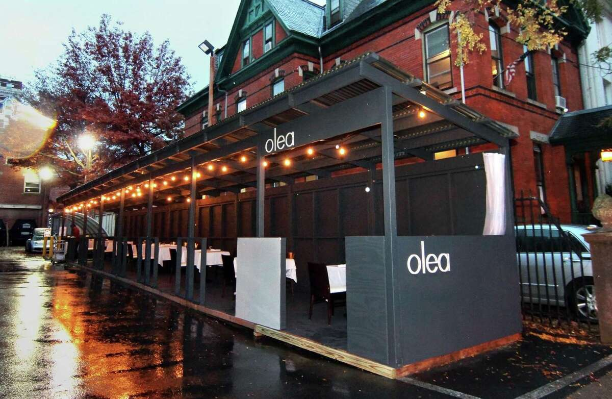A view of the new winterized shelter for dining at Olea Restaurant in New Haven last week.