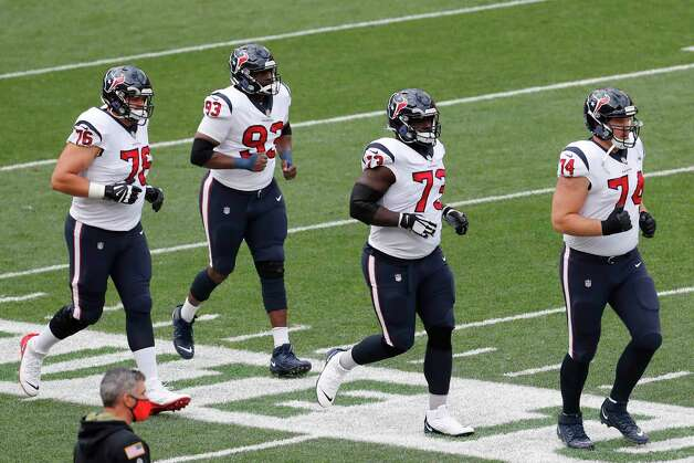 Houston Texans players run onto the field before an NFL football game against the Cleveland Browns at FirstEnergy Stadium Sunday, Nov. 15, 2020, in Cleveland. Photo: Brett Coomer, Staff Photographer / © 2020 Houston Chronicle
