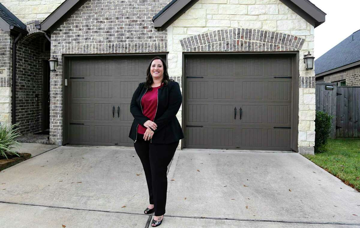 Real estate agent Jessie Githens works for the brokerage firm CB&A Realtors in Montgomery on Monday, Oct. 19, 2020.