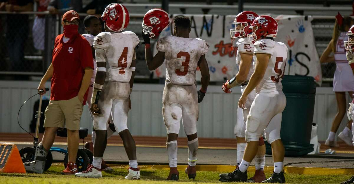 Ricebirds RB Johntre Davis (3) leaves the game saluting the crowd during the second half of action between El Campo vs Needville during a high school football game at the Blue Jay Stadium, Friday, November 6, 2020, in Needville. Ricebirds defeated Blue Jays 40-21.