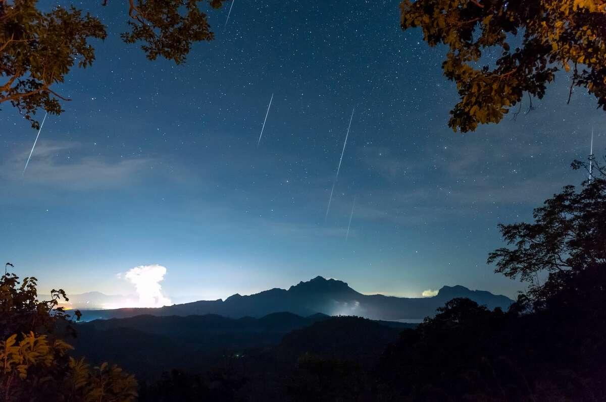 The Leonid Meteor is set to peak this week, beginning Monday night.