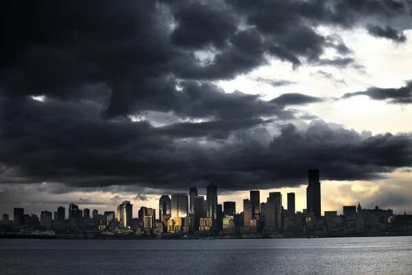 Storm clouds roll in over Seattle, Washington