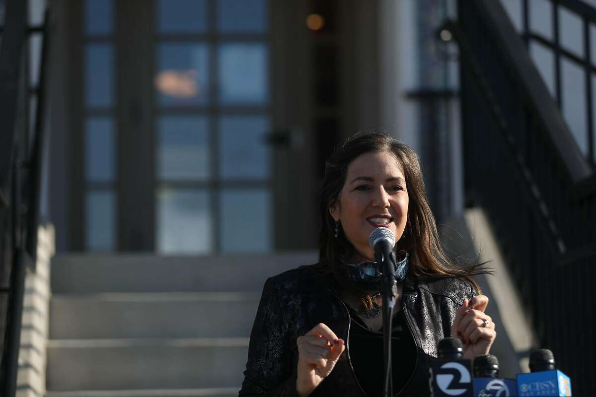 Oakland Mayor Libby Schaaf speaks during a press conference at The Paloma at Oakland Hills on Monday, November 16, 2020 in Oakland, CA. Schaaf announced Wednesday that, with funding from the state, Oakland purchased 17 homes that will eventually house more than 100 unsheltered people.