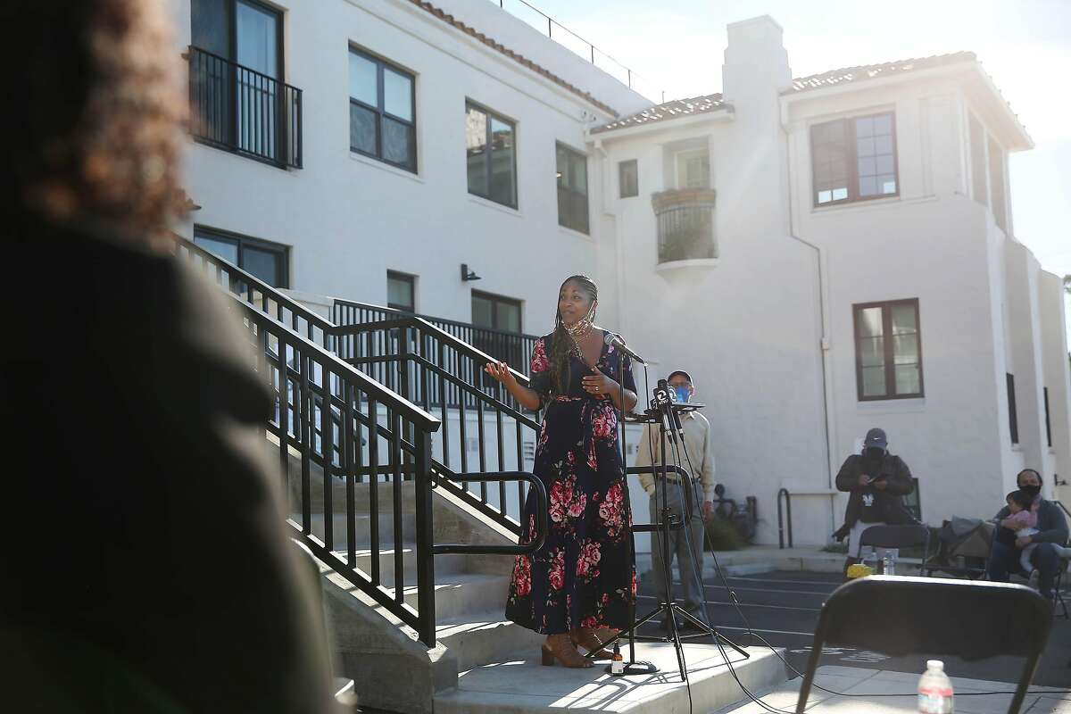 Oakland schools Superintendent Kyla Johnson-Trammell holds a news conference at the Paloma Apartments in the Oakland hills, where units are being rented to teachers at super-low cost.