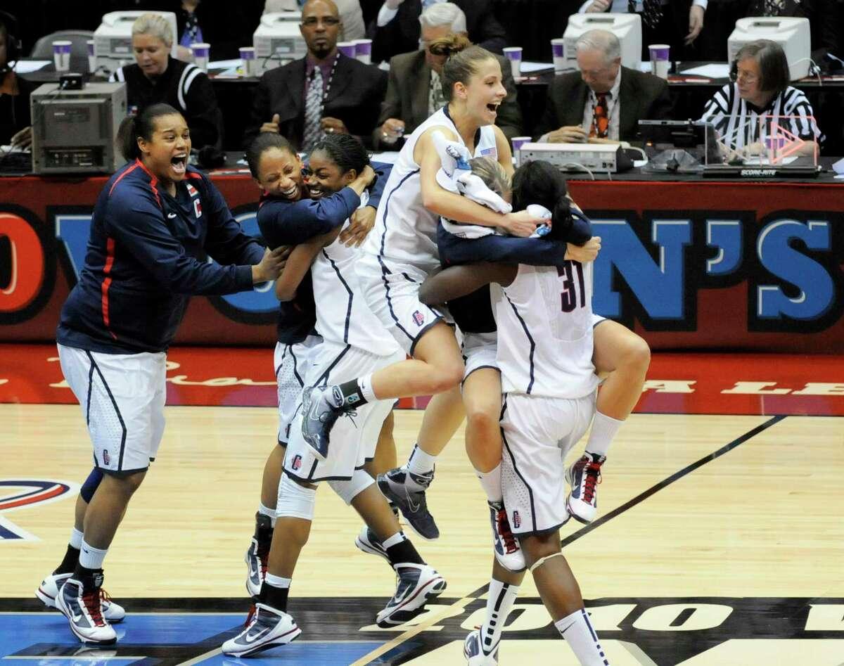 San Antonio Expected To Host Entire 2021 Ncaa Women S Basketball Tournament