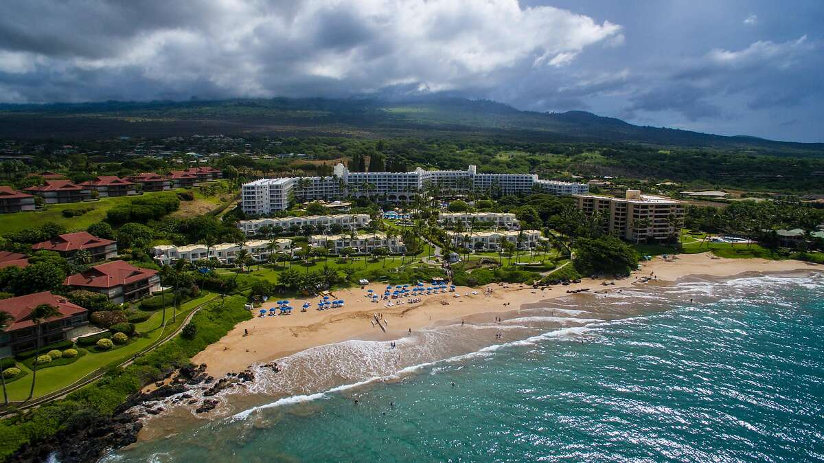 The Fairmont Kea Lani and nearby vacation rentals in Wailea, Maui, are among Hawaii lodgings offering deeper-than-usual fall discounts this year.