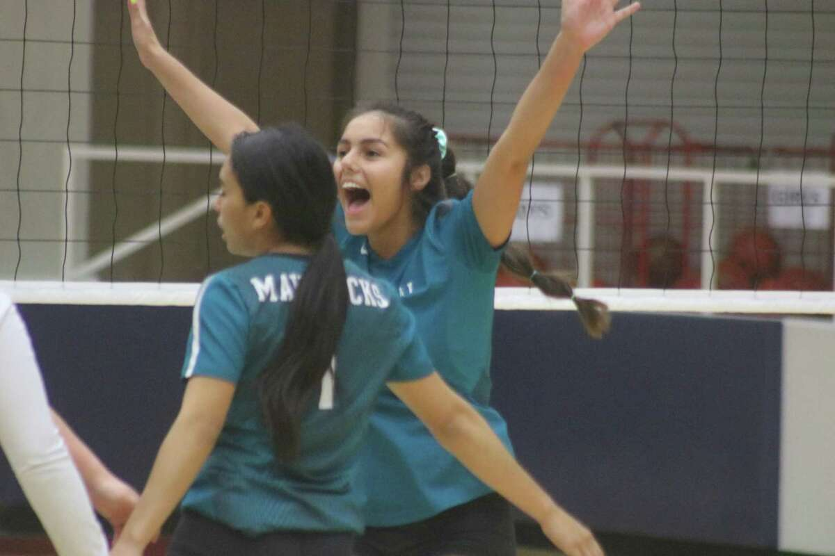 Memorial's Mia Garza reacts to a score during Monday night's battle for third place at Phillips Field House.