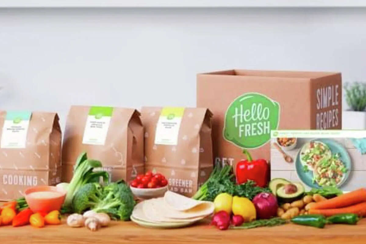 Hello Fresh Black Friday deal is as low as $4.71 per serving.