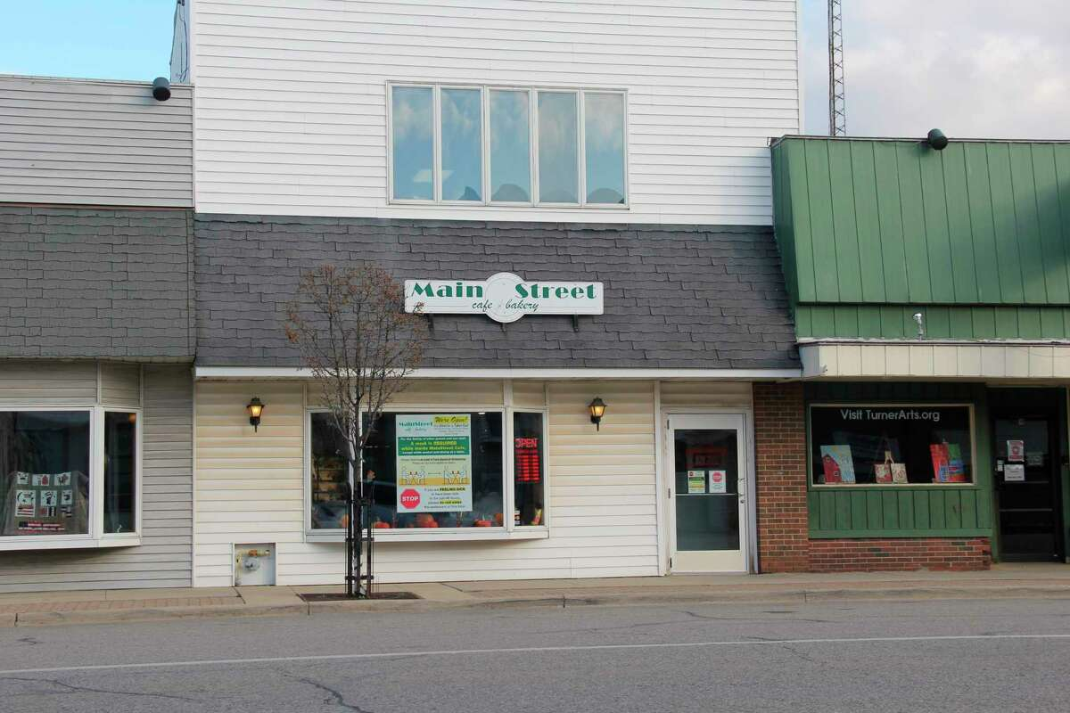 The Main Street Cafe & Bakery in Pigeon. (Robert Creenan/Huron Daily Tribune)