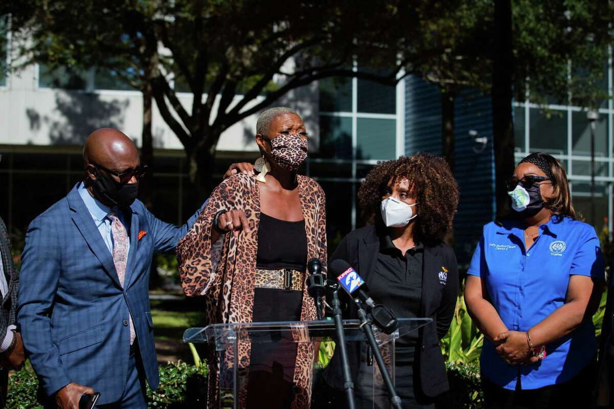 Former Houston ISD trustee Jolanda Jones addresses the media at a press conference in support of Grenita Lathan as HISD as superintendent, Tuesday, Nov. 17, 2020, in Houston.