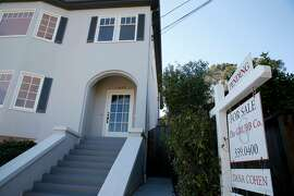 A home has a pending sale on Grant Street in Berkeley, Calif. on Saturday, Nov. 14, 2020.