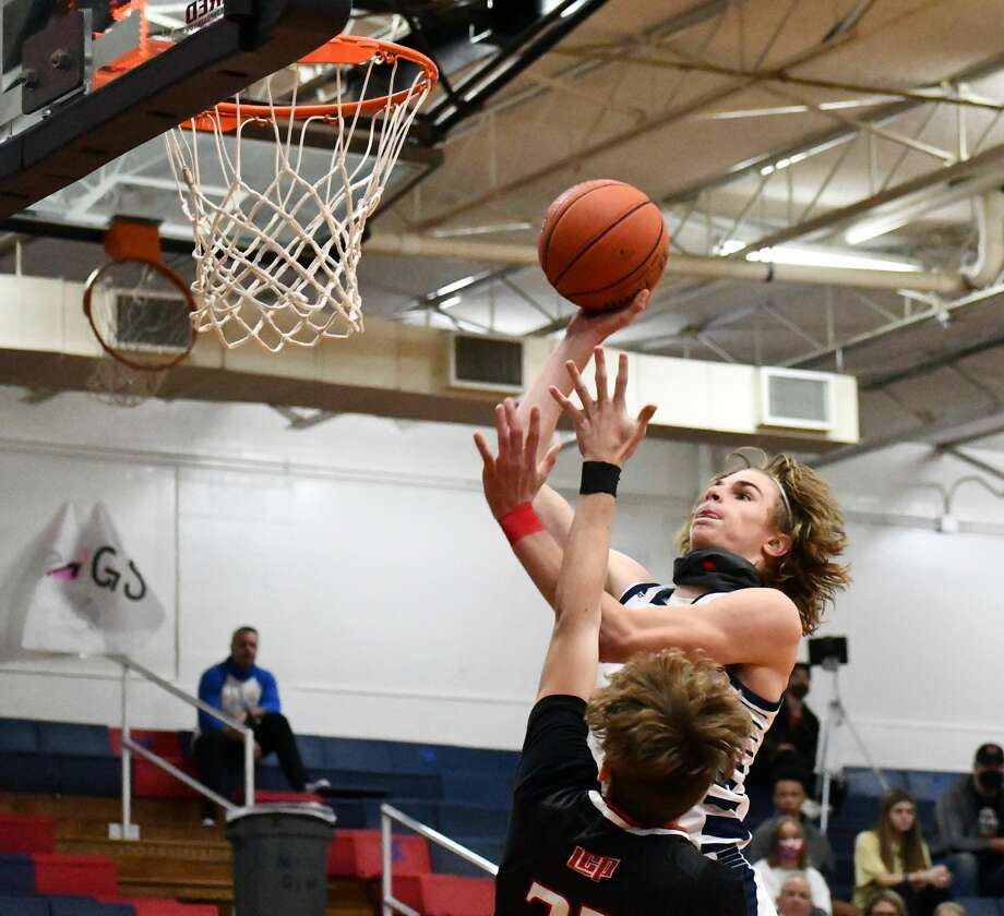 The Plainview boys and girls basketball teams each hosted Lubbock-Cooper in non-district contests on Tuesday, Nov. 17, 2020 in the Dog House at Plainview High School. Photo: Nathan Giese/Planview Herald