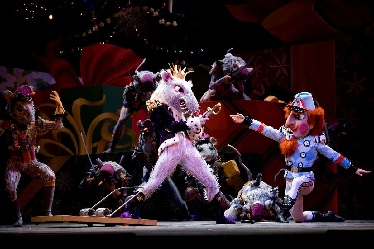 San Francisco Ballet's Artistic Director Helgi Tomasson has created an immersive digital version of its holiday