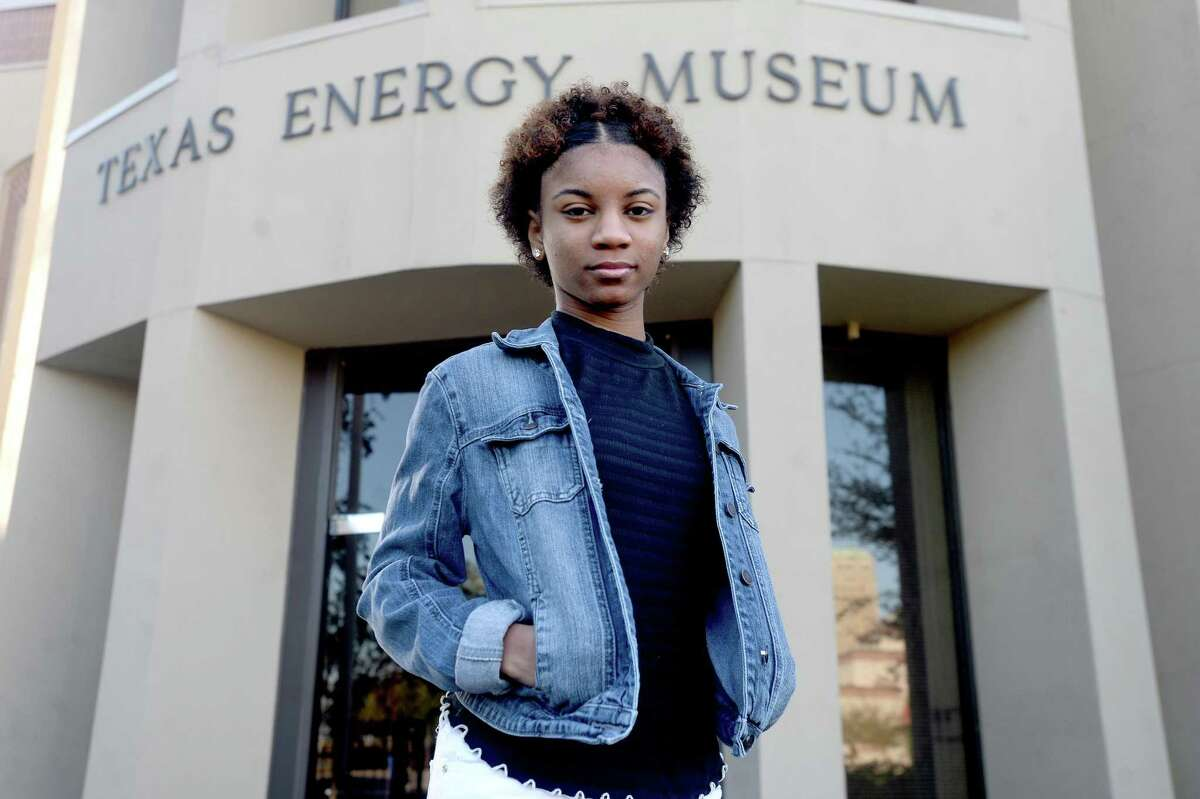 Beaumont United's Aurora Williams will be among the 900 Texas students NASA hopes to lead the next generation of explorers through its High School Aerospace Scholars program. Photo taken Tuesday, November 17, 2020 Kim Brent/The Enterprise