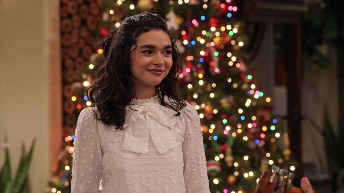 Paulina Chávez plays Ashley Garcia one last time in a special Christmas episode of
