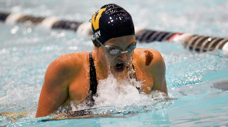 Weston's Isabella Gary, shown at the 2019 Class S championships, won the 200 IM and 100 breaststroke in the SWC championships on Wednesday. Photo: Matthew Brown / Hearst Connecticut Media / Stamford Advocate