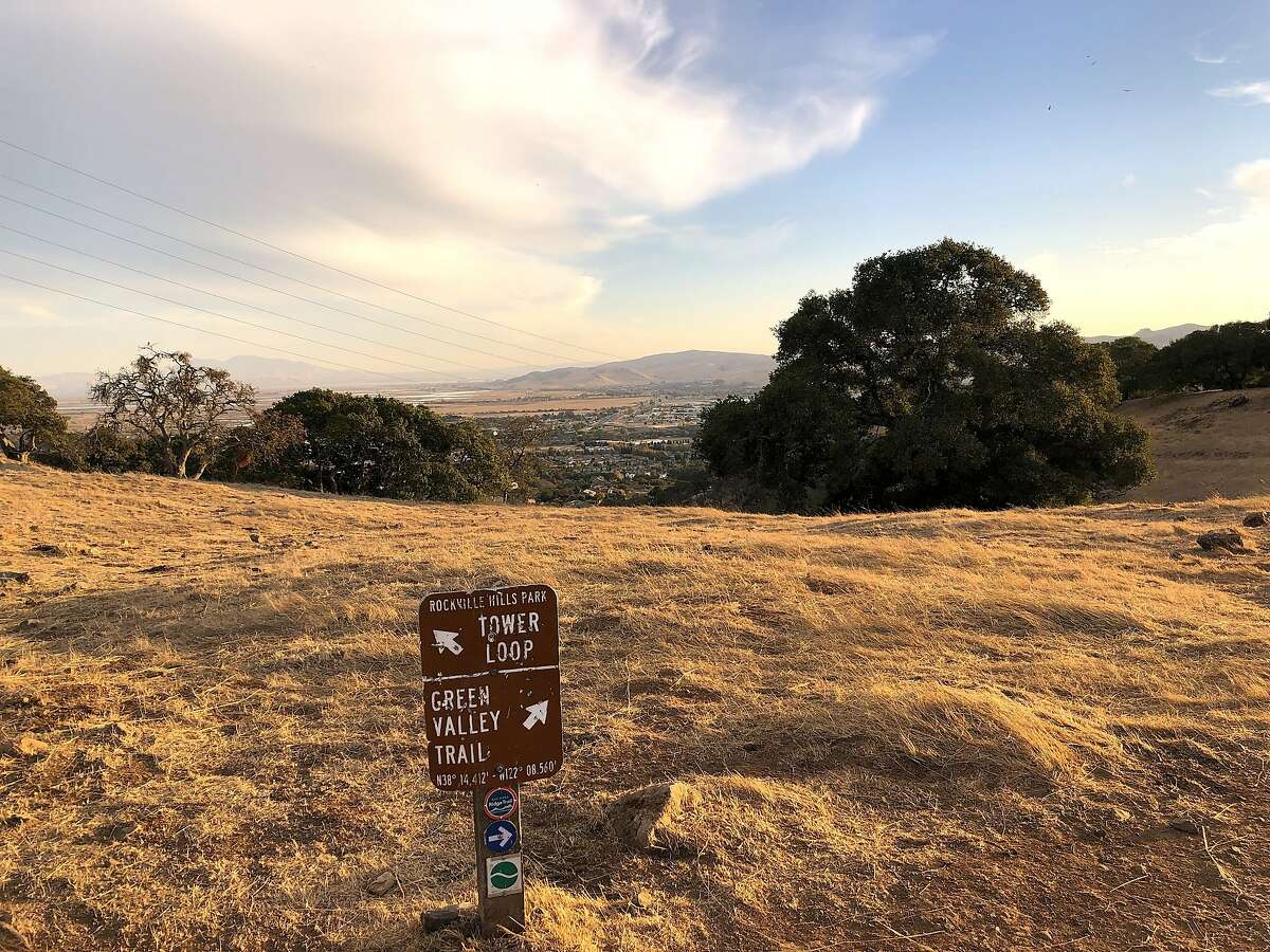 A spur at this trail junctions at the Tower Loop leads to a pretty lookout at Rockville Hills Regional Park