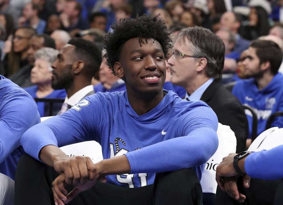 James Wiseman didn't play much in his brief stay at Memphis, but the No. 2 overall draft pick this year could be in line for a lot of minutes as a Golden State rookie. Photo: Karen Pulfer Focht / AP
