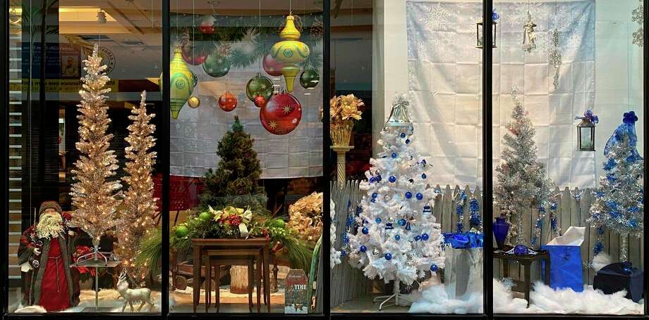 A storefront window at the Midland Mall was decorated by Fantastic Finds Owner Lisa Hignite with a Christmas theme for the holidays. (Facebook photo/Fantastic Finds)