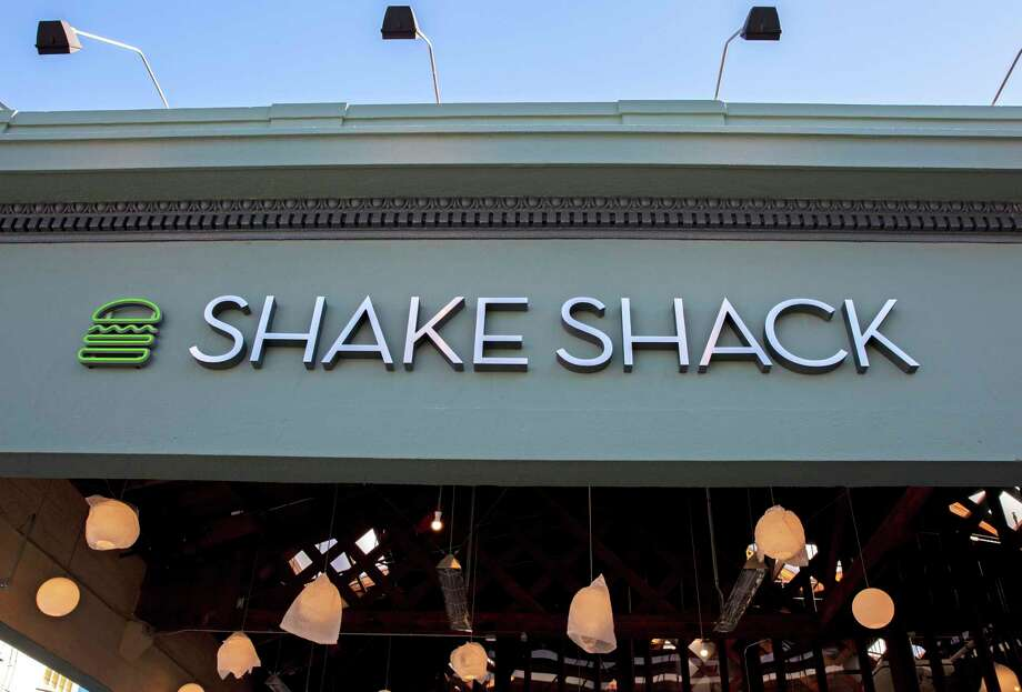 A Shake Shack storefront in San Francisco, Calif. Photo: Santiago Mejia / The Chronicle / ONLINE_YES