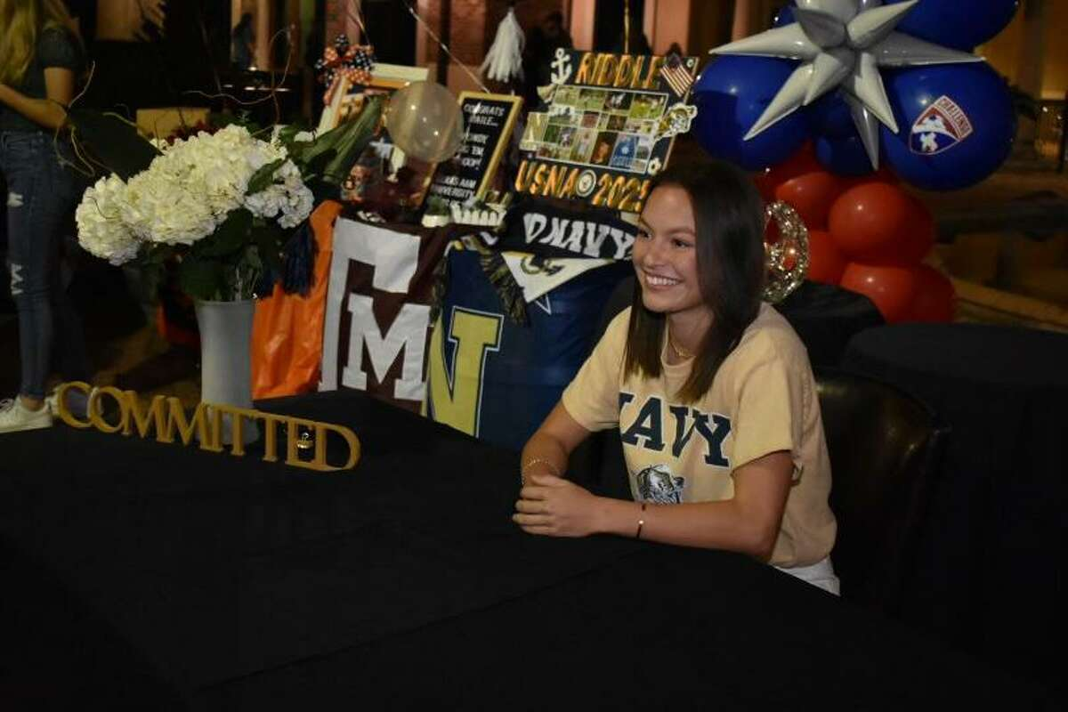 Soccer athletes from Tomball Memorial High School like Alexa Riddle signed their national letters of intent to play at the collegiate level during the early signing period Nov. 11.