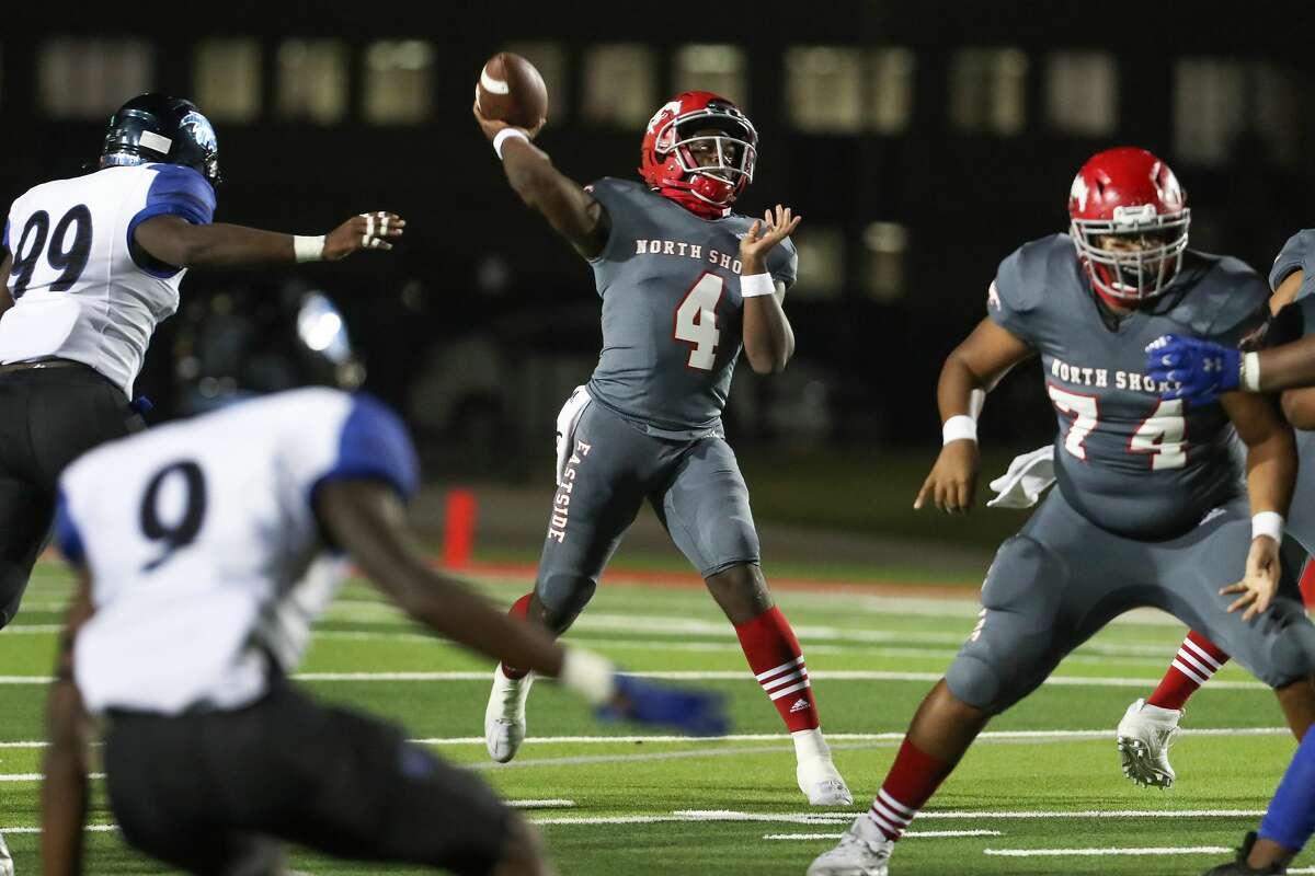 North Shore quarterback Demetrius Davis (4) throws a deep pass against C.E. King during a 21-6A high school football game at Galena Park ISD Stadium Thursday, Nov. 19, 2020 in Houston.