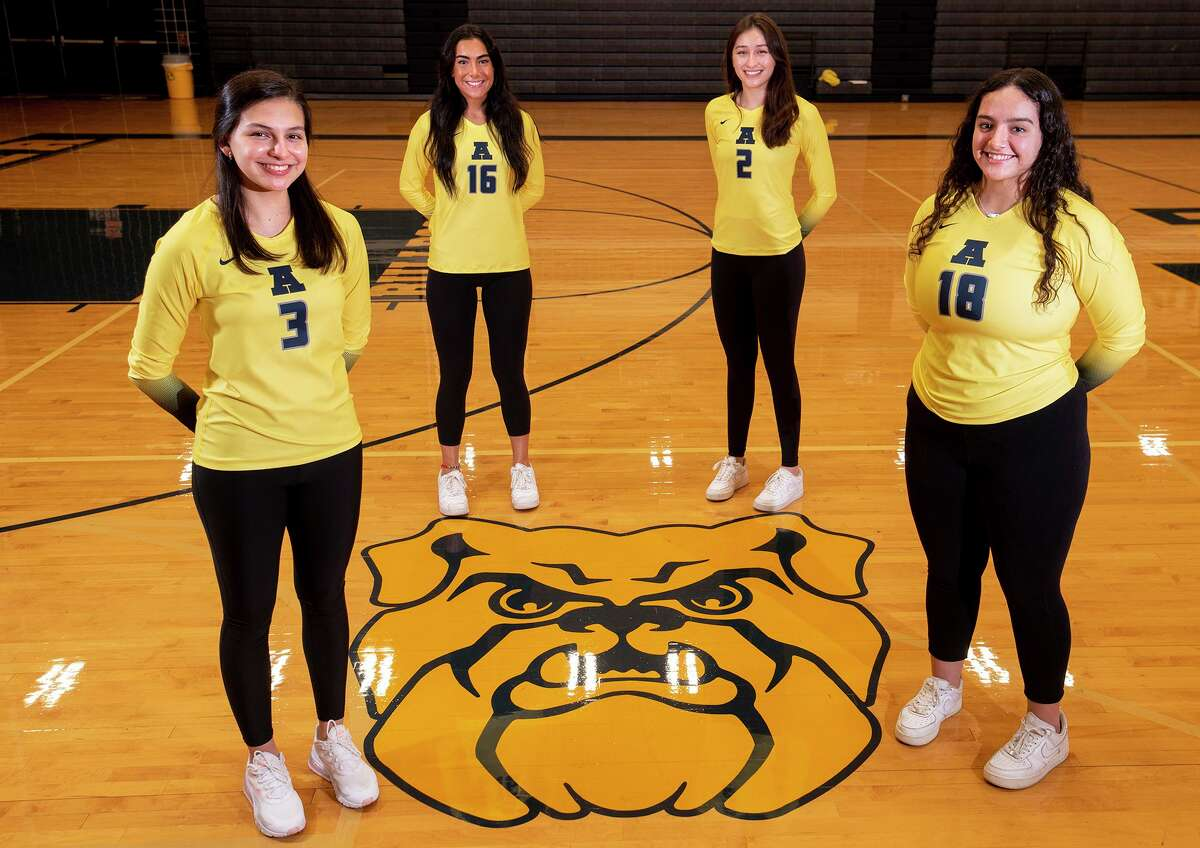Leah Cruz, Asher Vallone, Anali Santos and Rebekah Bustamante lead Alexander into its 24th straight postseason appearance as the Lady Bulldogs face C.C. Ray at 7 p.m. Friday at San Antonio Warren.